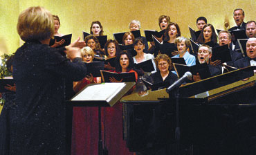 Southern Crescent Chorale performs at Spivey Hall